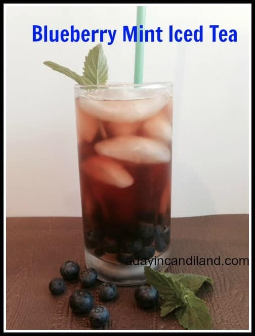 Blueberry Mint Iced Tea in Clear Glass