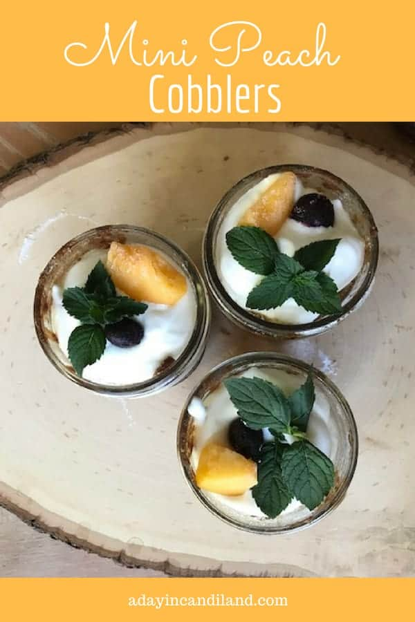 Mini Peach Cobbler in Jars