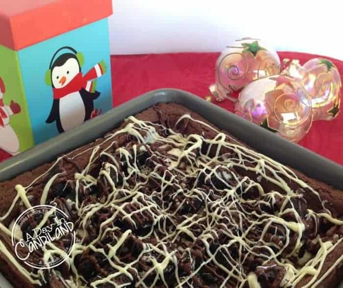 Easy Cookie and Cream Brownies #WinCoCheer (1)