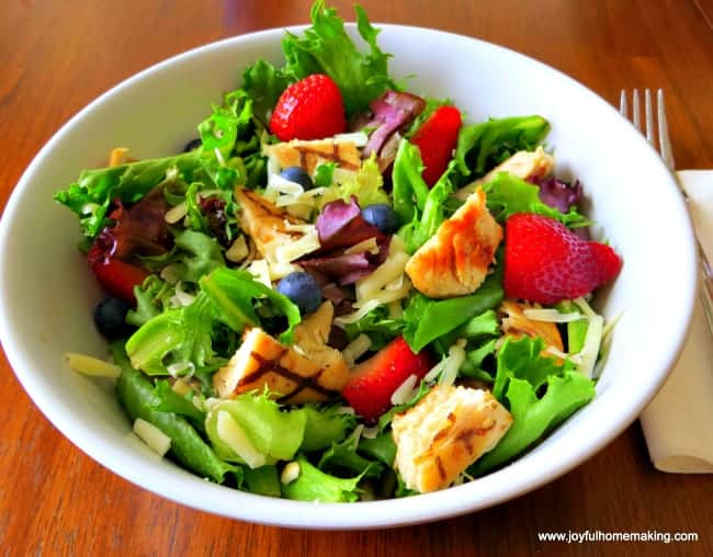Berry-Almond-Salad-meal-plan-122.jpg
