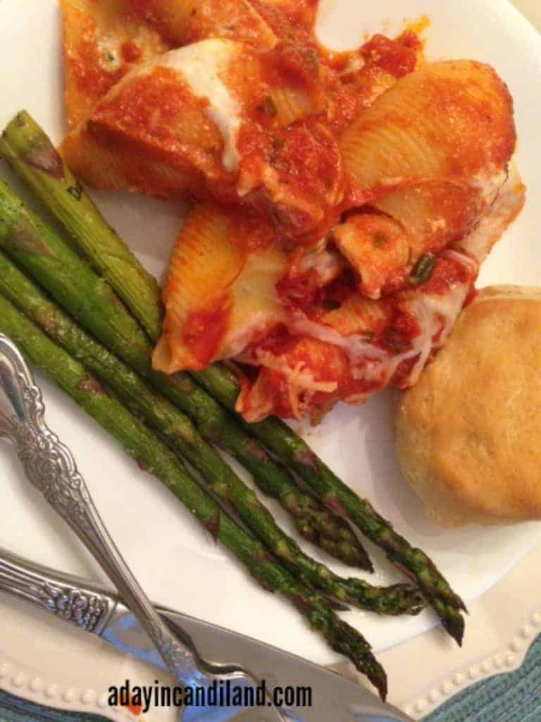 Stuffed-shells-asparagus-on-plate-to-feed-a-large-family-dinner meal plan 130