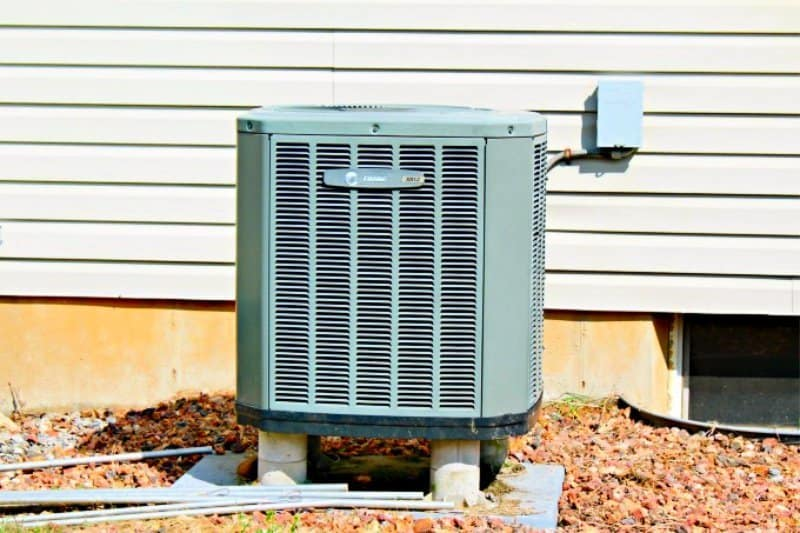 outdoor fall cleaning checklist heat pump