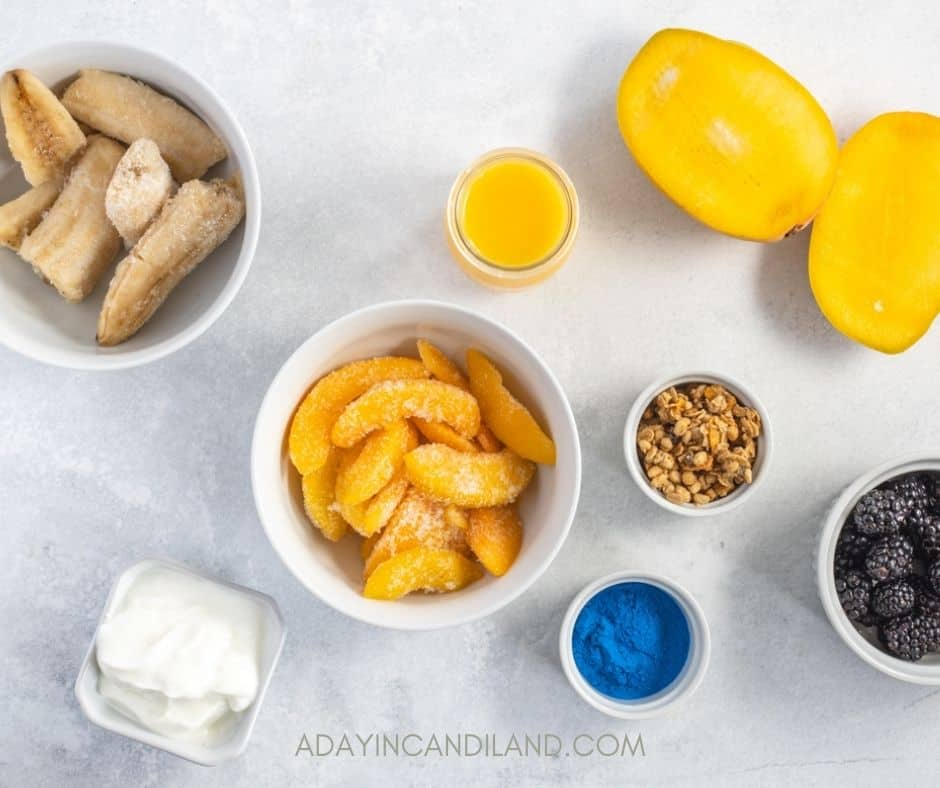 Table of individual ingredients to go into the smoothie Bowl.